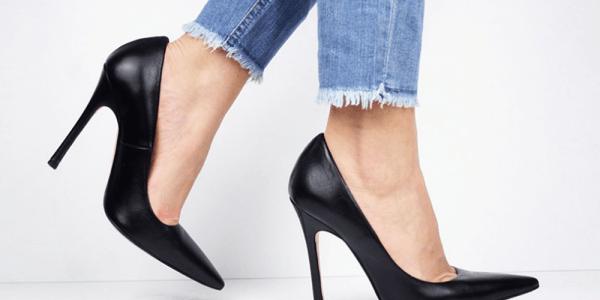 polizia uragano commestibile  Moda donna 2017: come scegliere le scarpe giuste da indossare con i jeans?  - NikyShoes Scarpe Online